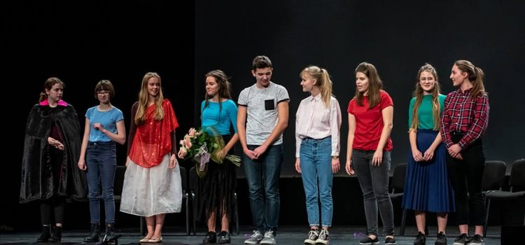 "Teatr Calvin w "" Teatralnym Pasjansie""."